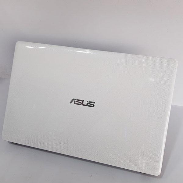 لپ تاپ کارکرده ایسوس Asus X550C
